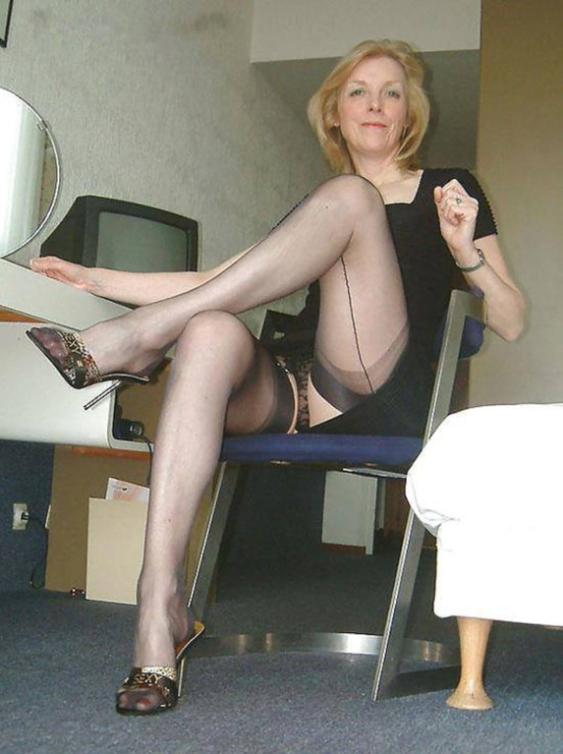 Milf mini skirt high boots leather