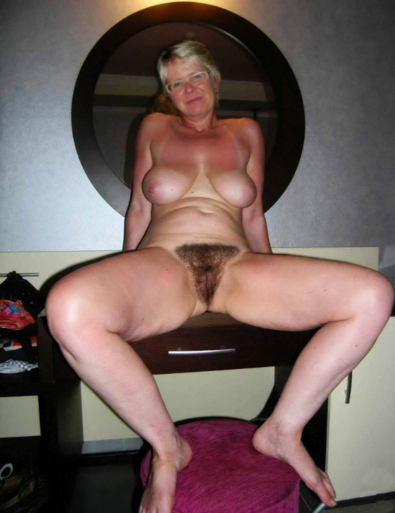 Really Old Granny Pussy 37
