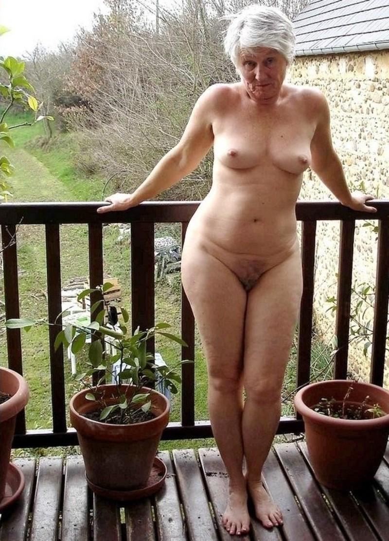 фото старушек голышом член все