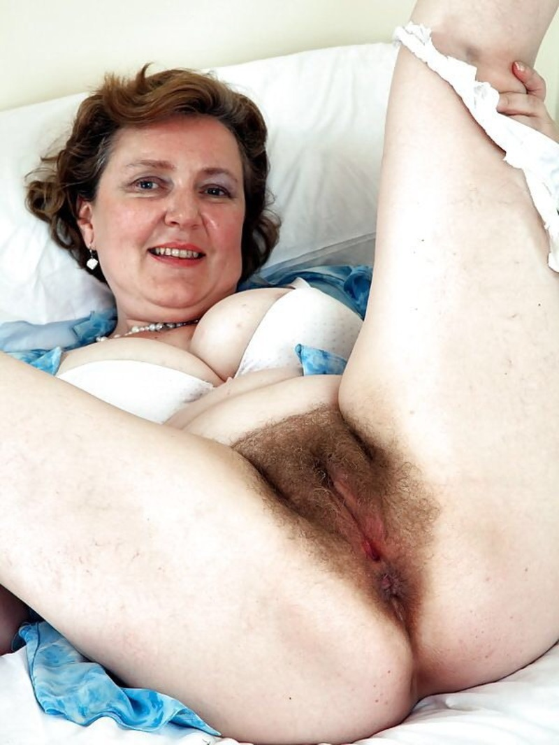 Sexy senior cunt