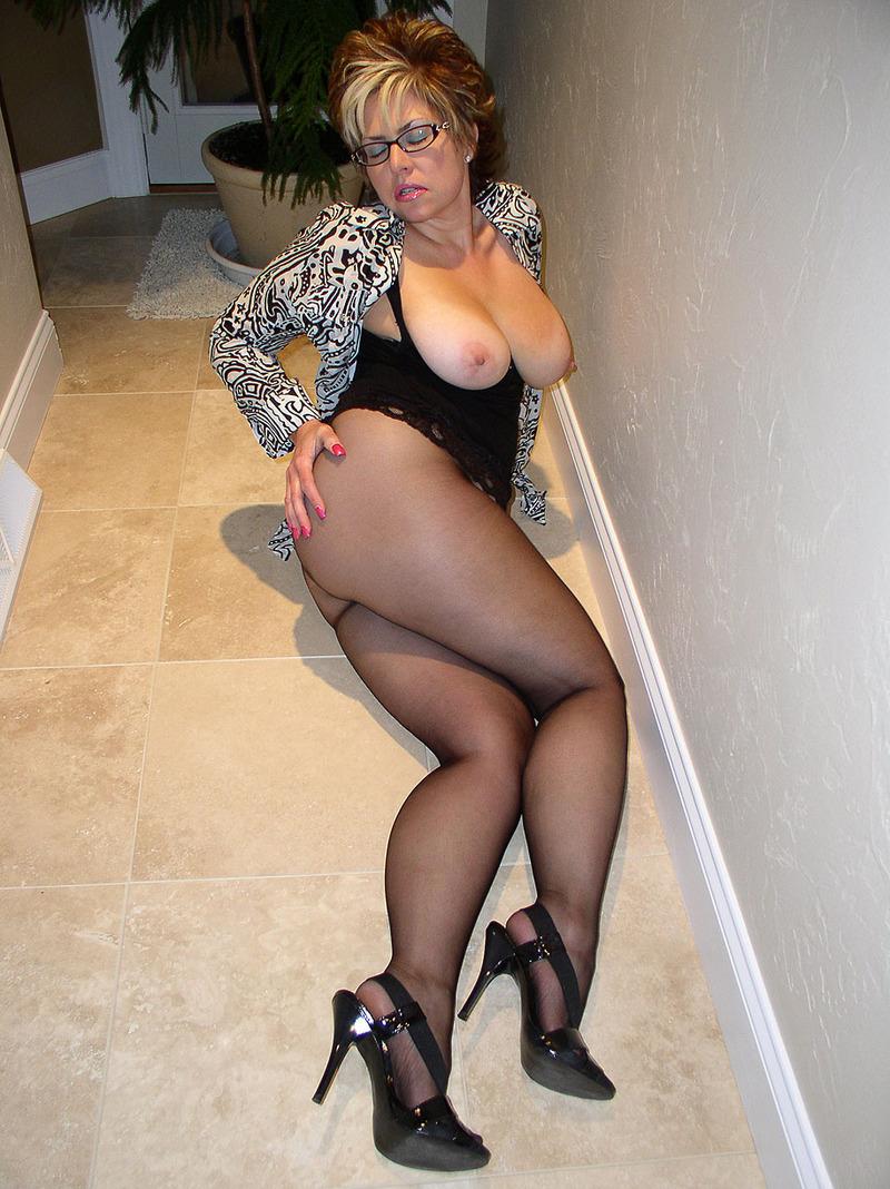 porno-goryachie-sochnie-mamki-foto-kazahstana-sekse