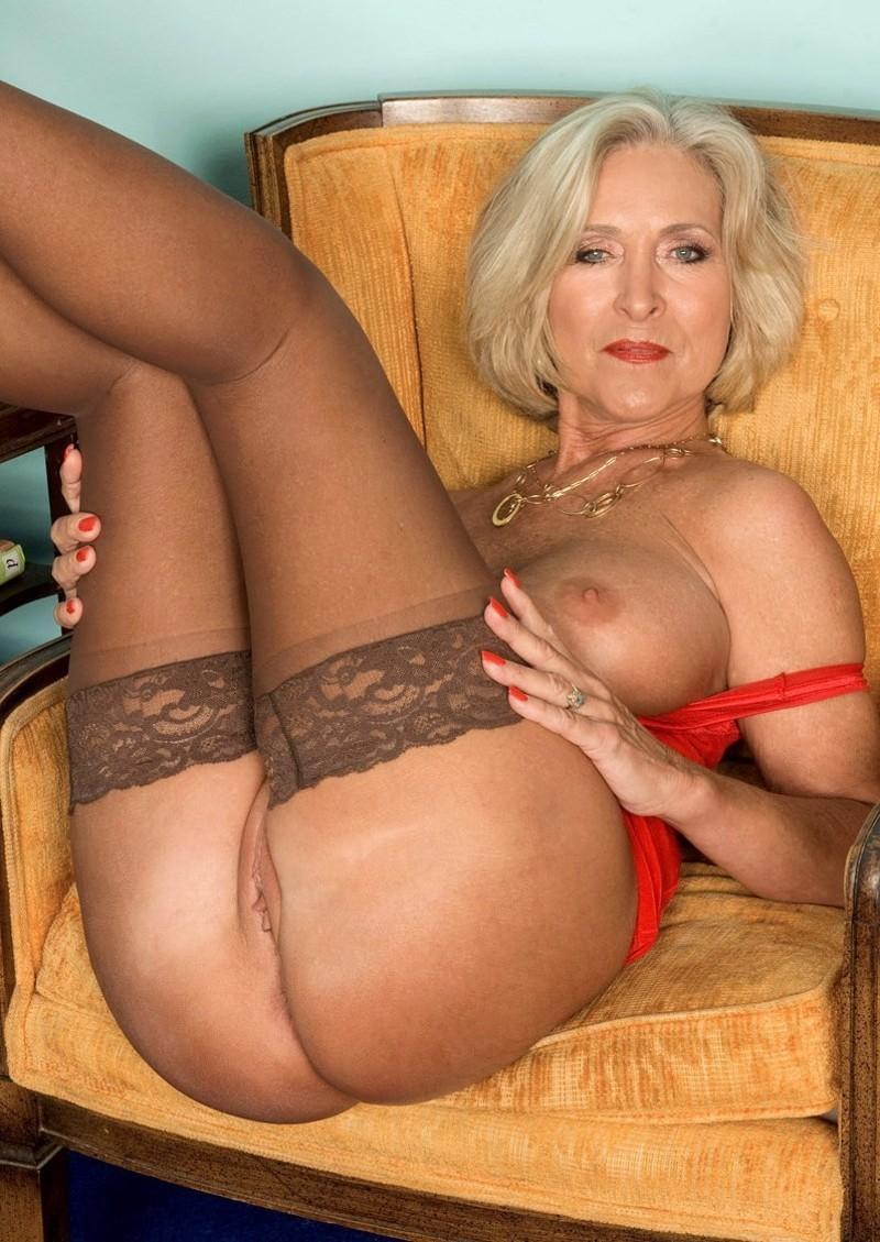 image Pute blonde visitez le site baise24
