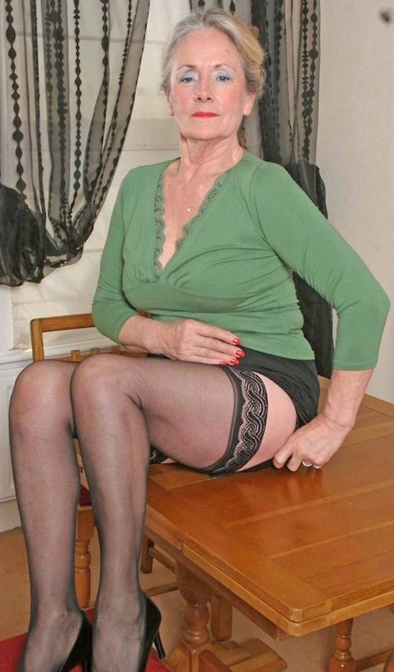 sexy granny in stockings naked