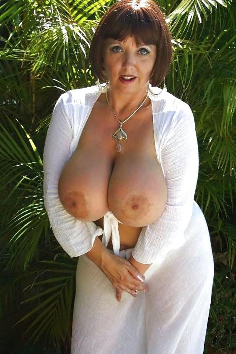 Зрелые шикарные с большой грудью женщины